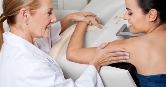 Kiedy i jak często powinno się wykonywać mammografię