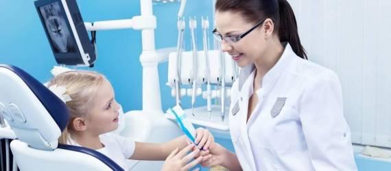 Jak wyglądają egzaminy zawodowe dla higienistek stomatologicznych?